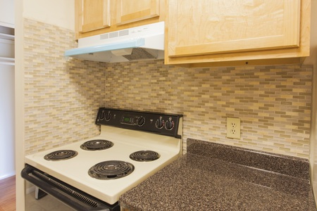 kitchen backsplash and counter