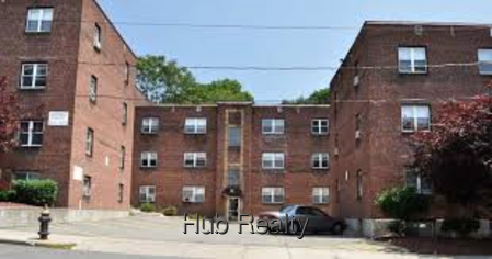 ... apartments in professionally managed brick apartment building next to Commonwealth  Avenue T, Cleveland Circle, and close to Boston College campus.