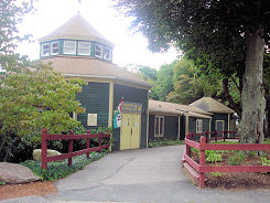 Capron Park Zoo Attleboro Boston Apartments Guide To